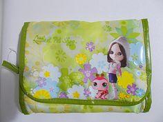Blythe Littlest Pet Shop Case Hanging Travel Organizer Bag Green Flowers LPS #Hasbro #lps #littlestpetshop #blythe #bag