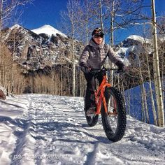 @pacificwonderland hits the trails in Telluride on her snow bike. Photo credit: @Outdoors at Women on Instagram.