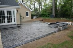 Stamped concrete patio with fire pit - fire pit ideasStamped concrete patio with fire pit - fire pit creative ideas to improve concrete backyards - Ingenious ways to upgrade concrete backyard ideasImposing concrete Poured Concrete Patio, Concrete Backyard, Concrete Patio Designs, Cement Patio, Small Backyard Patio, Backyard Patio Designs, Backyard Landscaping, Backyard Ideas, Stamped Concrete Patios