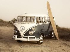 Vintage #Volkswagen Van with the #surfboard. This is our kind of life.