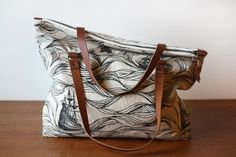 RESERVED for Laura - Ships Zipper Tote (CA$75.00) - Svpply