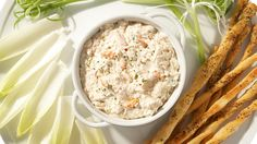 Crab Dip Recipe Appetizers with dip mix, light mayonnaise, light cream cheese, crab meat Clean Recipes, Easy Healthy Recipes, Easy Meals, Crab Dip Recipes, Appetizer Recipes, Appetizers, Epicure Recipes, Cooking Recipes, Dairy Free Dips