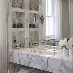 #h2interiors #contemporarybathroom #stylingyourbathroom #interiorstyling #homedecor #decorations #beautifulbathroom #interiordecor #luxuryinteriors #luxurydecor #inspiration @laurahammett.interiors by h2interiors Bathroom remodeling ideas.