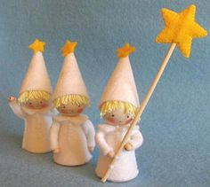 Three Little Light Bearer's Kit by Atelier Pippilotta. Light bearers bring light~ especially in darker times. Made with special wooden gnome pegs.