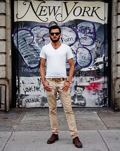 White v-neck tshirt can be so simple but still be the focus of the entir outfit!