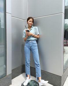 Astounding Fashion tips for women plus size,Fashion dresses black tips and Fashion tips what to wear. Korean Fashion Trends, Korean Street Fashion, Korea Fashion, Asian Fashion, Girl Fashion, Fashion Dresses, Jeans Fashion, Indie Fashion, Style Fashion