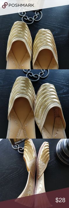 New 2018 ! Glam Golden Jutti New Collection 2018 ! Comes in classic golden thread work. Beautiful design with intricate details on the sides. Fully thread embroidered. Leather sole. Tend to expand a bit after 3-4 wears.Super Comfy! In India, we call these 'jutti'. Shoes Flats & Loafers