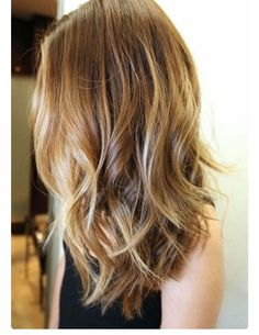 """In my post """"ombre"""" I was sharing an inspirational hair pictures. And today I want to share the new hot hair trend Balayage.Balayage is a hair coloring technique designed to create very natural-looking highlights that grow Best Long Haircuts, Thin Hair Haircuts, Cool Haircuts, Cool Hairstyles, Hairstyles 2018, Hairstyle Ideas, Layered Hairstyles, Medium Long Haircuts, Mid Length Haircuts"""