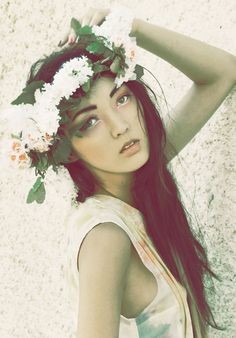 Korlan: Annie&Lola; Project- flower crown
