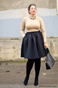 Image from http://plussizedstore.net/wp-content/uploads/plus_size_midi_skirt_1.png?c7e638.