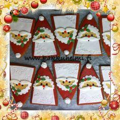 Santa Claus ginger bread. Christmas is almost here :) Joulupukki pipareita. Joulu on jo melkein tällä.. www.kakkuhelmi.fi