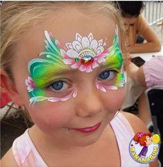 Mermaid Face Paint, Butterfly Face Paint, Beauty Makeup, Eye Makeup, Mask Painting, Face Painting Designs, Halloween, Mask Design, Flower Crown