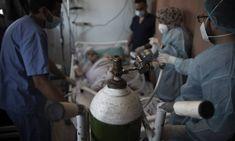 Η Ινδία ανέφερε την Παρασκευή μία νέα αύξηση ρεκόρ του ημερήσιου αριθμού κρουσμάτων μόλυνσης από την Covid-19 στα 414.188 κρούσματα,…Περισσότερα...