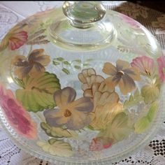 decoupage jar Decoupage Jars, Decoupage Printables, Shabby Chic Furniture, Diy Furniture, Furniture Design, China Cabinet Makeovers, Homemade Gifts, Fun Crafts, Projects To Try