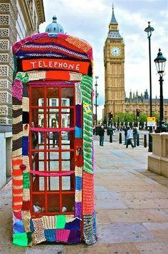Cabina telefonica patchwork Londra, UK