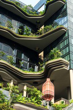 shaddad: parkroyal on pickering singapura projeto da tierra. Beautiful Architecture, Landscape Architecture, Architecture Design, Future Buildings, Unique Buildings, Exterior Design, Interior And Exterior, Sky Garden, Garden Park