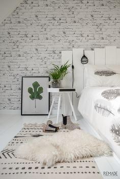 Zuiver Hide and Seek Bijzettafel Bedroom Wall, Master Bedroom, Bedroom Decor, Scandinavian Interior Bedroom, Bachelor Bedroom, Baroque Design, My New Room, Room Inspiration, Decoration