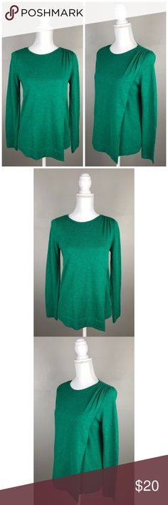 """EUC The Limited Wool Blend Split Front Sweater In EXCELLENT condition! Like NEW! The Limited. Size X-small (fits up to a small- but refer to measurements). Emerald Green. Crew-neck, long sleeves, with a split front. Soft!Picturesare a part of the description.  {Measurements taken flat without stretching} Armpit to armpit approximately 18"""" Length approximately 24""""  40% Modal, 30% Merino Wool, 30% Nylon-Machine wash  FAST SHIPPING!Usually ships same or next business day!! {Seller's…"""