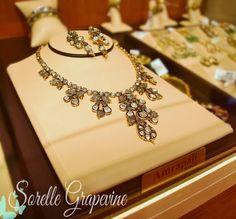 Amrapali Kolkata Gold Jewelry