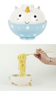 Whether you're a starving student or simply a noodle fan, your ramen will be easier and more fun to enjoy with these ceramic, hand painted unicorn bowls! This two bowl set is sized specifically to fit a block of instant ramen noodles. Party Unicorn, Rainbow Unicorn, Unicorn Merchandise, Unicorn Bedroom, Unicorn Rooms, Clem, Ramen Bowl, Unicorns And Mermaids, Unicorn Crafts