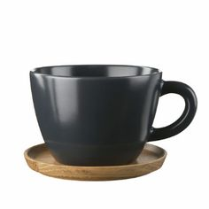 Hoganas Graphite Grey Tea Mug & Wooden Coaster: Swedish stoneware of best quality with a practical and stylish wooden coaster which can also be used as a lid.