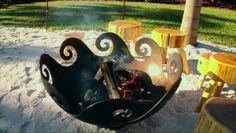 Waves O' Fire Firebowl on My Yard Goes Disney: John T. Unger Sculptural Firebowls + Art