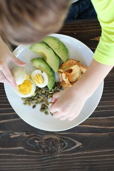 post-christmas kid-friendly three day cleanse click now for more. Healthy Cat Treats, Healthy Snacks For Kids, Healthy Dinner Recipes, Healthy Options, Smoothies For Kids, Fruit Smoothies, Healthy Smoothies, Breakfast Food List, Breakfast Recipes