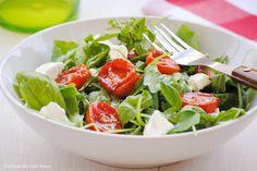 Cocinando con Neus: Ensalada de tomates asados con queso de cabra y albahaca