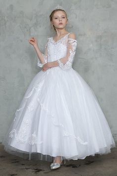 Buy First Holy Communion Gowns with Multi Layered Skirt for Sale. Off Shoulder Long Sleeves First Communion Gown features organza lace beaded bodice. Shop Girls First Communion Dresses with Off Shoulder Long Sleeves on Sale Girls First Communion Dresses, First Communion Veils, Holy Communion Dresses, First Holy Communion, Kohls Dresses, Dresses For Sale, Lace Sleeves, Beautiful Gowns, Flower Girl Dresses