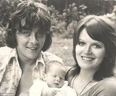 In happier times: Kate with her parents Richard Beckinsale and Judy Loe in To die at 31 from a heart attack is so cruel. Richard was destined to become one of Britains top actors and was already adored by the public. A great talent . Kate Beckinsale, Richard Beckinsale, British Comedy, British Actors, British Royals, Rising Damp, Marilyn Monroe Photos, Important People, Old Actress