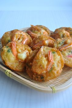 Crispy Prawn Fritters 炸虾饼 - Eat What Tonight Prawn Recipes, Shellfish Recipes, Seafood Recipes, Asian Recipes, Cooking Recipes, Ethnic Recipes, Chinese Recipes, Spicy Recipes, Malaysian Cuisine