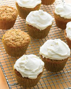We love the blend of spices (cinnamon, ginger, and nutmeg) in these knockout cupcakes, as well as their moist, tender crumb. Orange zest gives the cream cheese frosting extra oomph. Healthy Carrot Cakes, Carrot Recipes, Sweet Recipes, Bread Recipes, Easy Recipes, Carrot Cupcake Recipe, Cupcake Recipes, Dessert Recipes, Köstliche Desserts
