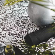 Beautiful Interiors, Yoga Leggings, Hippie Style, Wedding Rings, Engagement Rings, Boho, Vintage, Jewelry, Enagement Rings