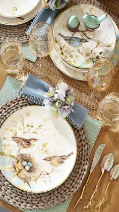 I love these bird dishes.  Anyone know pattern and where to purchase?