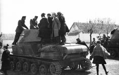 Post with 2752 votes and 125587 views. Tagged with Awesome; Shared by ElijahKane. a BIG dump of pretty good quality photos Germany Ww2, Ww2 Photos, Defence Force, Ww2 Tanks, World Of Tanks, Luftwaffe, Pretty Good, Armed Forces, World War Two