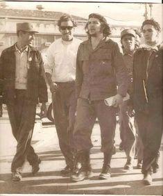 Comandante Ernesto Che Guevara - the Argentine-Cuban guerrilla fighter, revolutionary leader,. Che Guevara Quotes, Che Guevara Images, Fidel Castro, Che Quevara, Cuba History, Ernesto Che Guevara, Hollywood Star, Clint Eastwood, Popular Culture