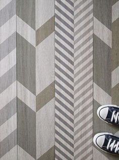 FLOORS: abstract tile floor