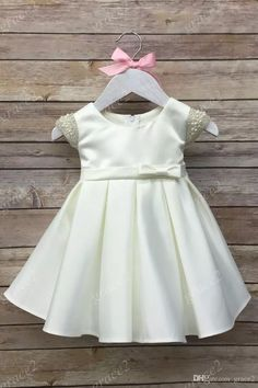 First Communion Dresses for Little Girls 2017 with Cap Sleeves And Bow Real Photos Ivory Baby Christening Dress Cute Girls Formal Dress First Communion Dresses Baptism Dresses Christening Dresses Online with $99.43/Piece on Grace2's Store | DHgate.com