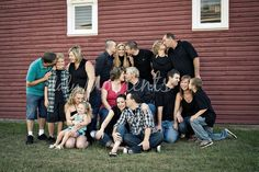 Large Group Family Photo Ideas | Large group Family photo ideas | Pictures I Love