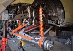 Post with 169 votes and 410167 views. Shared by How to Build a Rock Crawler Jeep Cherokee Xj Accessories, Toyota Lc, Off Road Suspension, Jeep Wj, Dodge Ramcharger, Trophy Truck, Nissan Patrol, Roll Cage, Go Kart