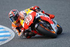 Marc Marquez stayed on top in second practice for Austin's MotoGP round, finishing seven tenths clear of the field despite crashing his Honda Marc Marquez, Motogp, Honda, Motorcycle Art, Kawasaki Ninja, Road Racing, Ducati, Valencia, Cars And Motorcycles