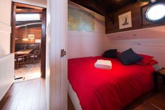 Cabin 1, a double bed