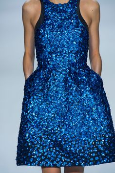 Monique Lhuillier 2013 paillettes dress blue / lentejuelas azul vestido