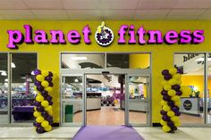 Planet Fitness Gyms in Toronto (Galleria Mall), ON