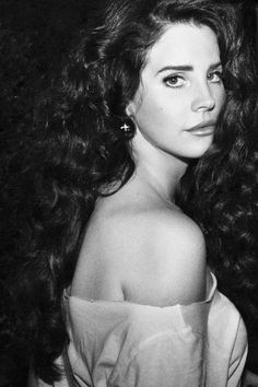 lana del rey beautiful hair