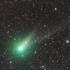 Comet Catalina On January 17th, the comet made its closest approach to Earth and was easily visible with binoculars in the constellation of Ursa Major more commonly known as the Plough or Big Dipper. At magnitude +6.2, it appeared as a fuzzy smudge of light and was clearly non-stellar in nature.