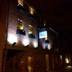 UnWINEd Wednesdays at The Commonhall Street Social