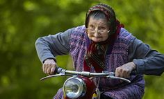 Grandma on a mission. Grandma on a mission. Old Faces, Never Too Old, The Golden Years, Young At Heart, People Of The World, Interesting Faces, Belle Photo, Getting Old, Old Women