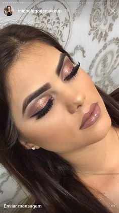 Idée Maquillage 2018 / 2019 : brown glitter Makeup idea brown glitter Here are 10 makeup ideas▷ 1001 + unique ideas Tips to Fake Long, Thic Glam Makeup, Formal Makeup, Sexy Makeup, Glitter Makeup, Cute Makeup, Makeup Inspo, Makeup Inspiration, Wedding Day Makeup, Bridal Makeup