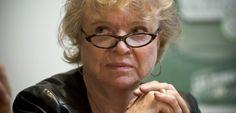 Rouge rose et vert : des eurodéputés s'unissent contre l'austérité en Europe